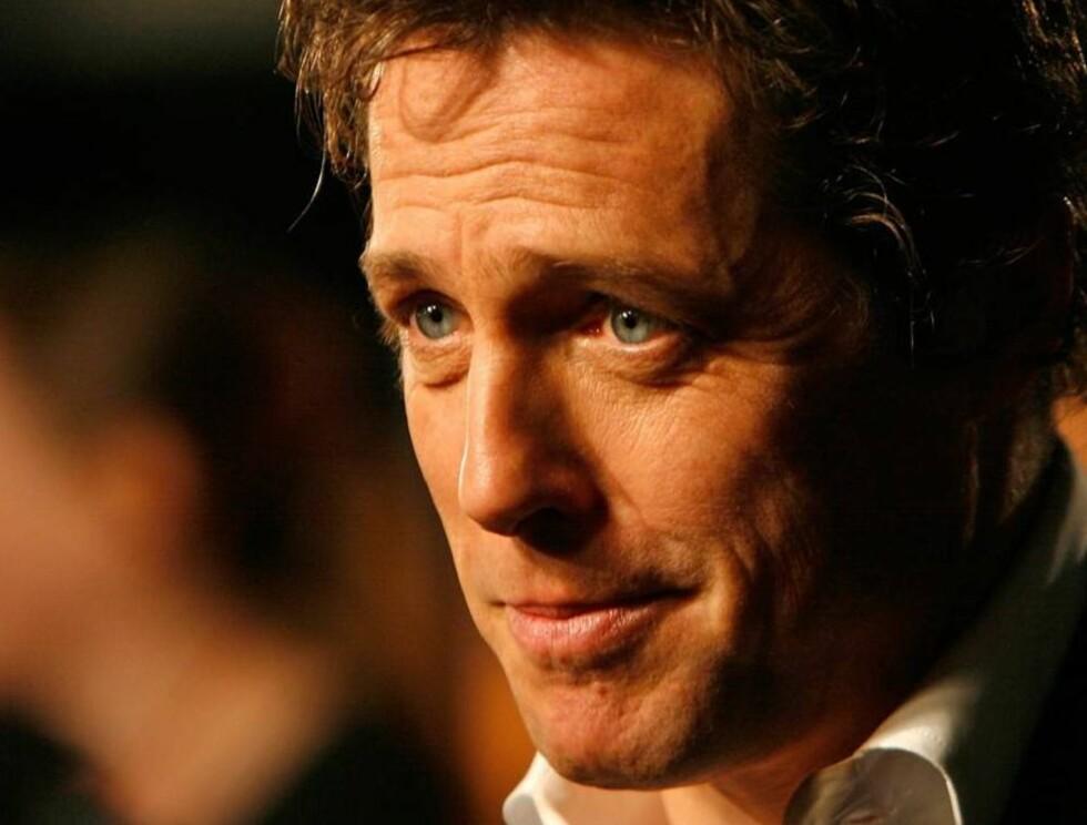 UNGKAR: Det mangler ikke på tilbud, men Hugh Grant sliter likevel med å finne den rette. Foto: All Over Press