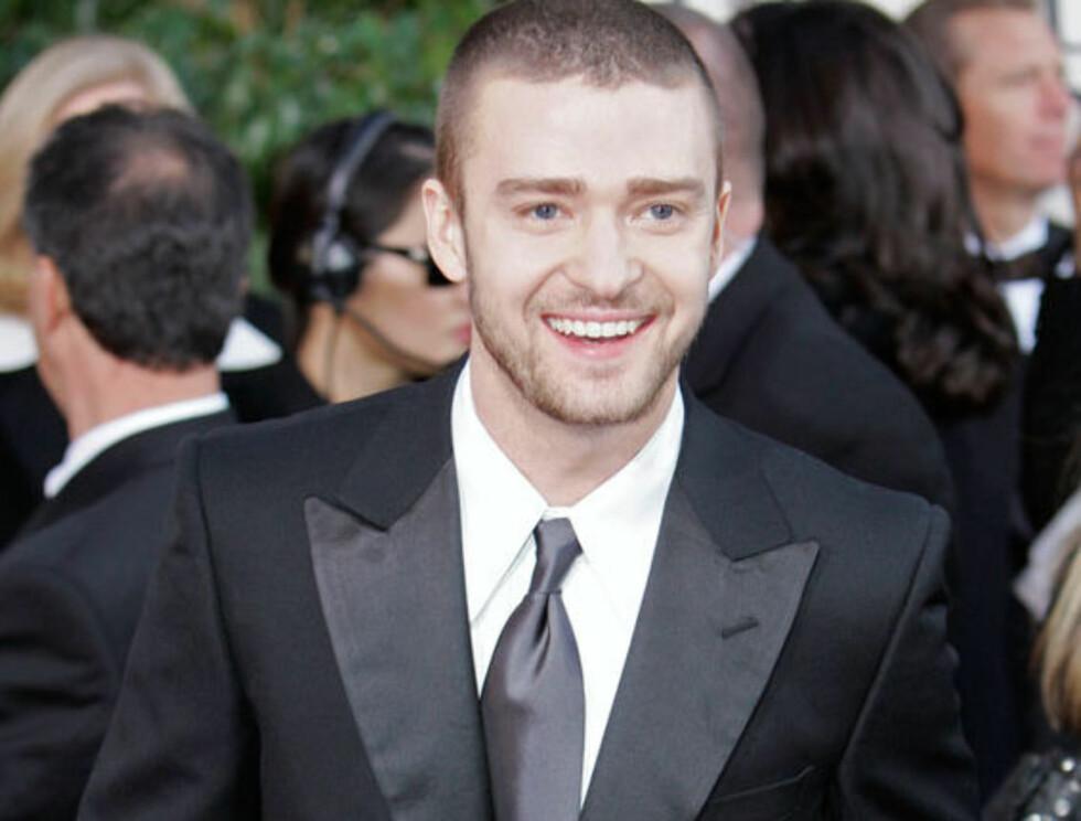 NYTER SINGELLIVET: Justin flørter vilt med vakre Hollywood-damer - men hvem velger han? Foto: AP/Scanpix