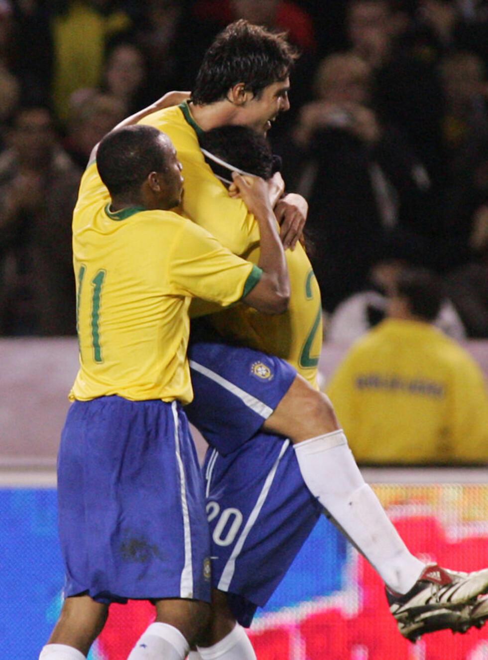BALLSJONGLØRER: Brasil er kjent for tekniske spillere som Kaka, Ronaldinho og Robinho. Nå får norske spillere sjansen til å trene i sambalandet.