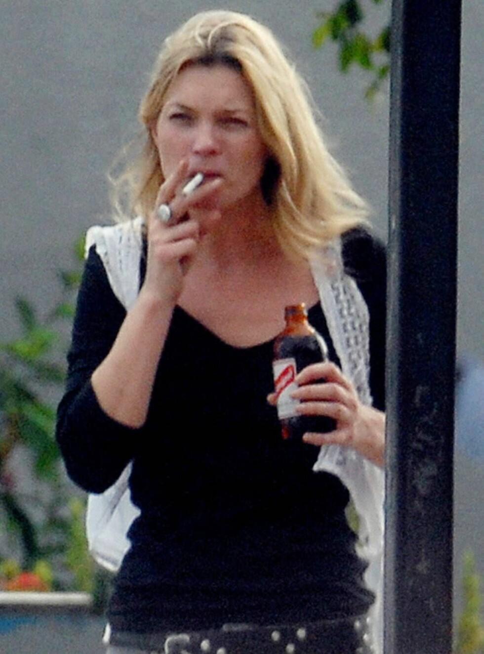 FULL SKJERPINGS: Kate skal rydde opp i livet sitt, og da må Pete vekk. Foto: Stella Pictures