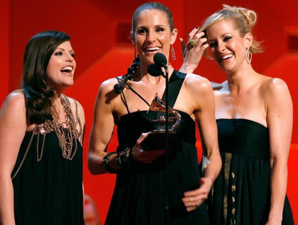 KVELDENS VINNERE: Dixie Chicks stakk av med hele fire priser! Foto: All Over Press