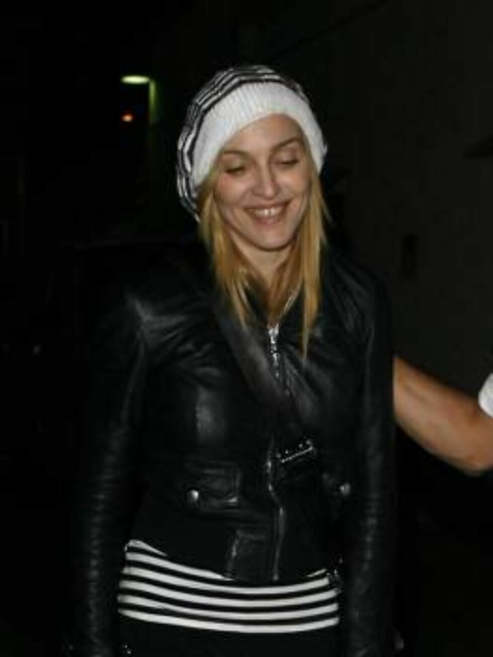 Madonna going to Kaballah without her ring and withour her husband Guy. Soon divorced? Mai 5, 2006 X17agency EXCLUSIVE / ALL OVER PRESS Foto: All Over Press