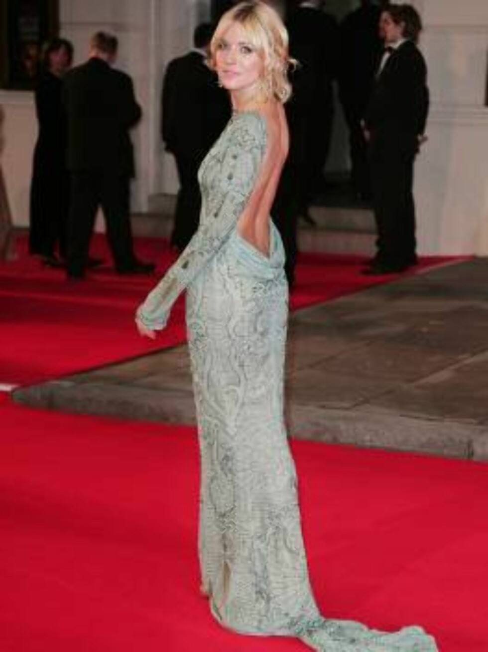 London 2007-02-11  Sienna Miller arriving  at the Orange British Academy Film Awards held at the Royal Opera House in London. Photo:  Axel  Code: 3008  COPYRIGHT STELLA PICTURES Foto: Stella Pictures