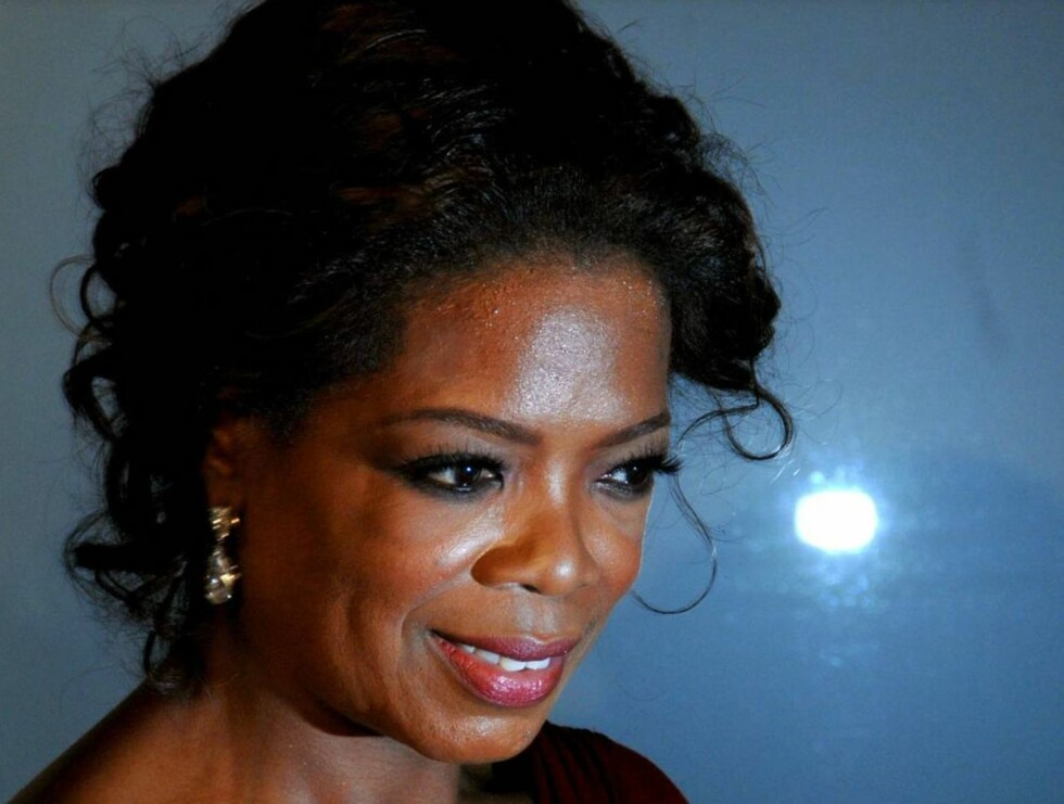 SNAKKER UT: Livet har ikke alltid vært lett for populære Oprah Winfrey... Foto: SCANPIX