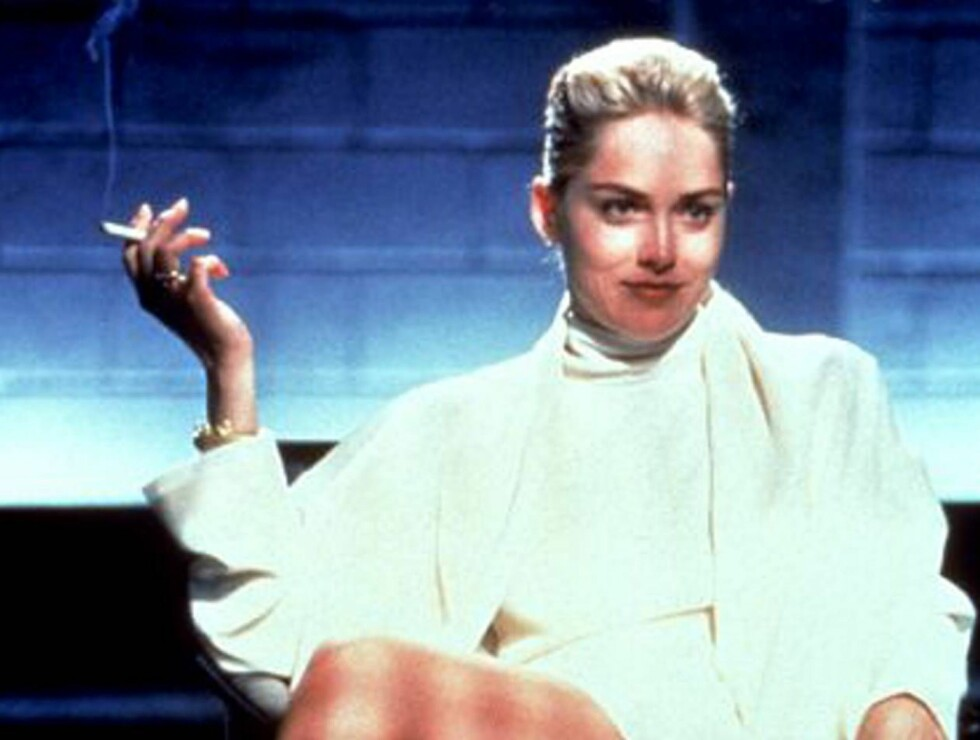 """SEXY: Sharon Stone sendte mang en kar rett inn i puberteten under den frekke og truseløse scenen i """"Basic Instinct"""". Foto: Fra filmen"""