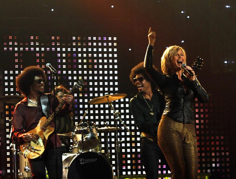 """ROCKET ALTA: Torhild Sivertsen og The Funky Family vant alles hjerter med """"Love on the Dancefloor"""". Foto: SCANPIX"""