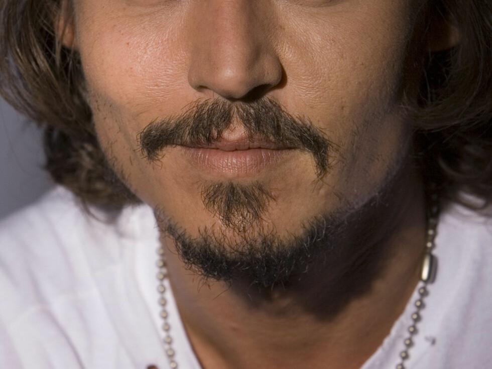 PIKENES DEPP: Kjekke, kjekke Johnny Depp blir endelig å se på film igjen. Foto: AP
