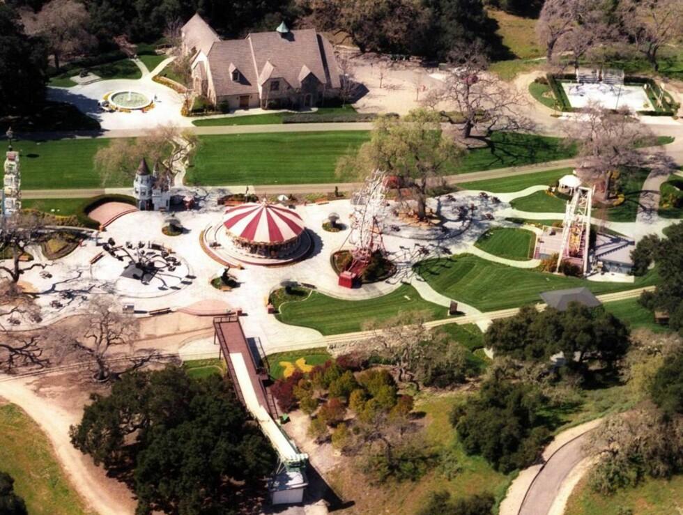 11.200 MÅL: Neverland har både tivoli og zoo. Gjett om Beckham-barna hadde likt å bo her! Foto: All Over Press
