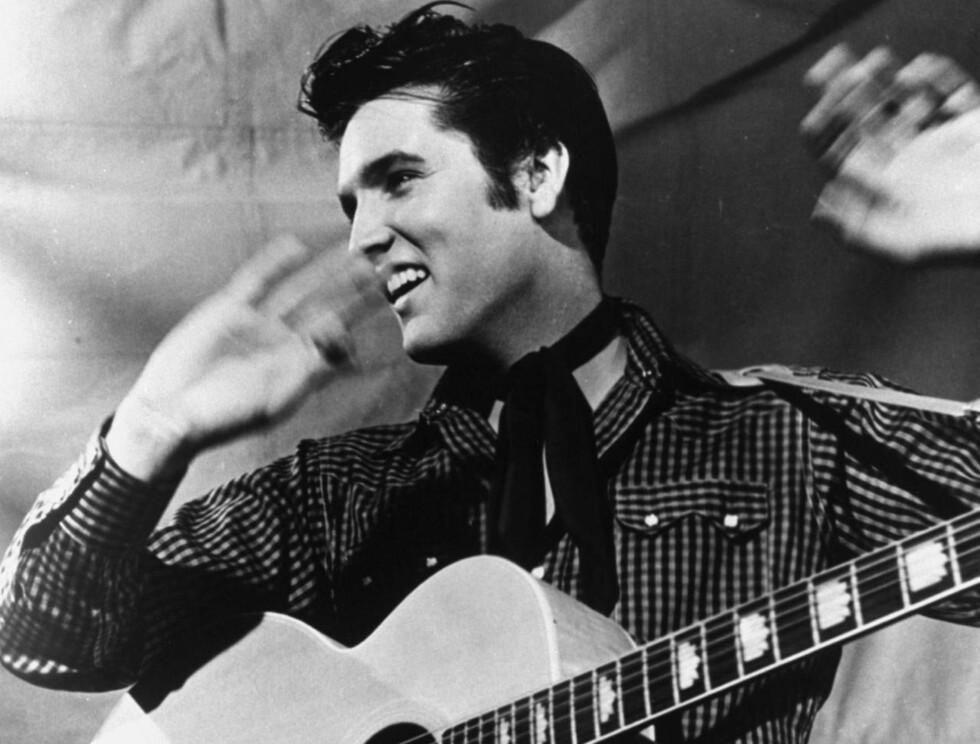 HÅR: Hvem kan vel glemme Elvis' skinnende manke?  Foto: AP/Scanpix