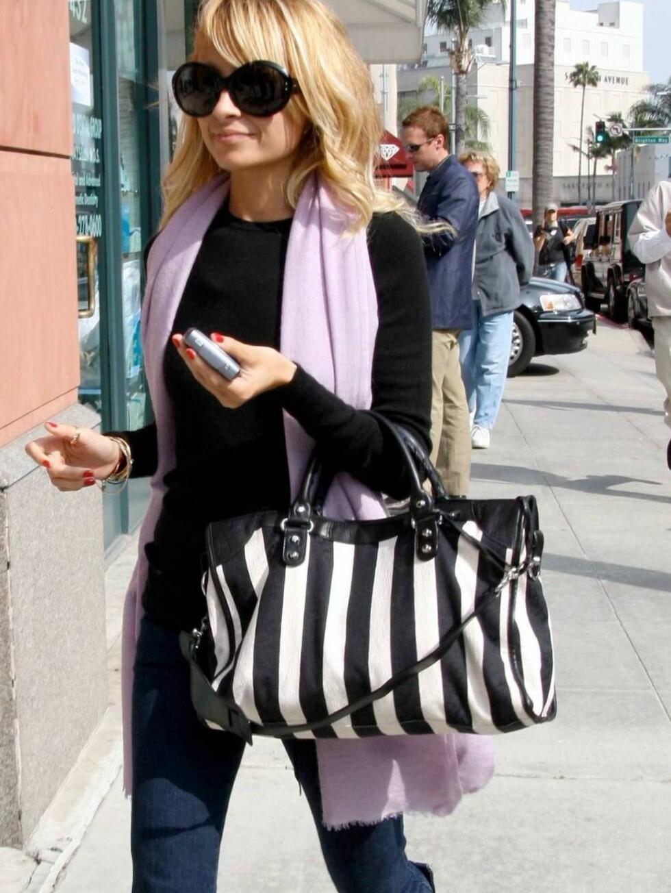 IKON: Nicole Richie er et moteikon for mange. Hun er som regel først ute med det nyeste.  Foto: All Over Press