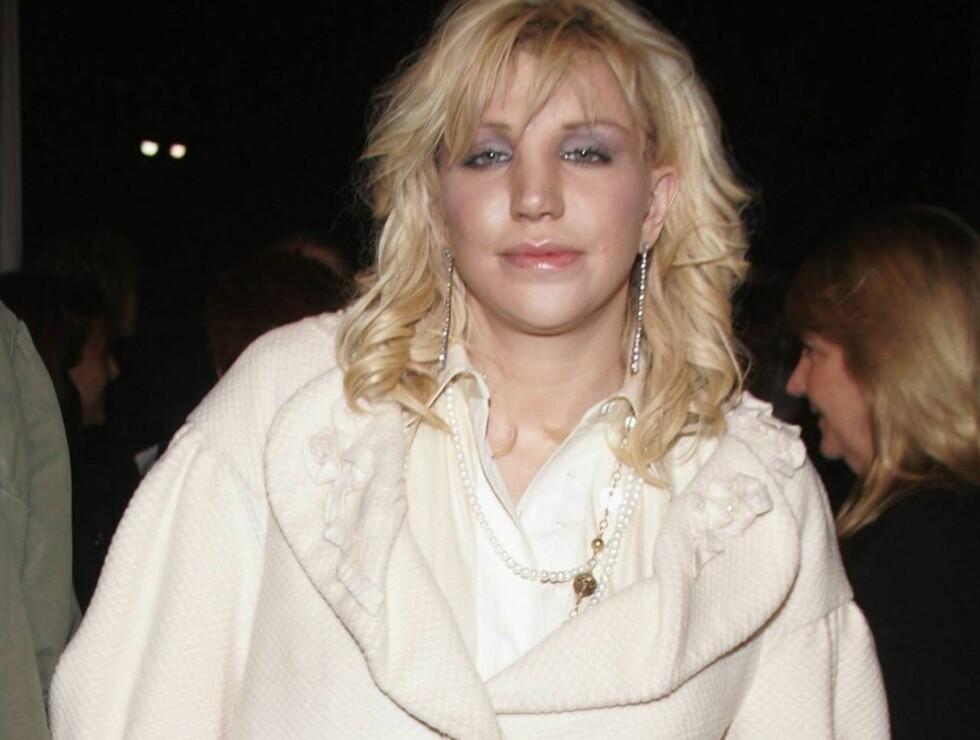 KLARE MÅL: Courtney Love har tatt fatt på det nye året med friskt mot. Foto: All Over Press