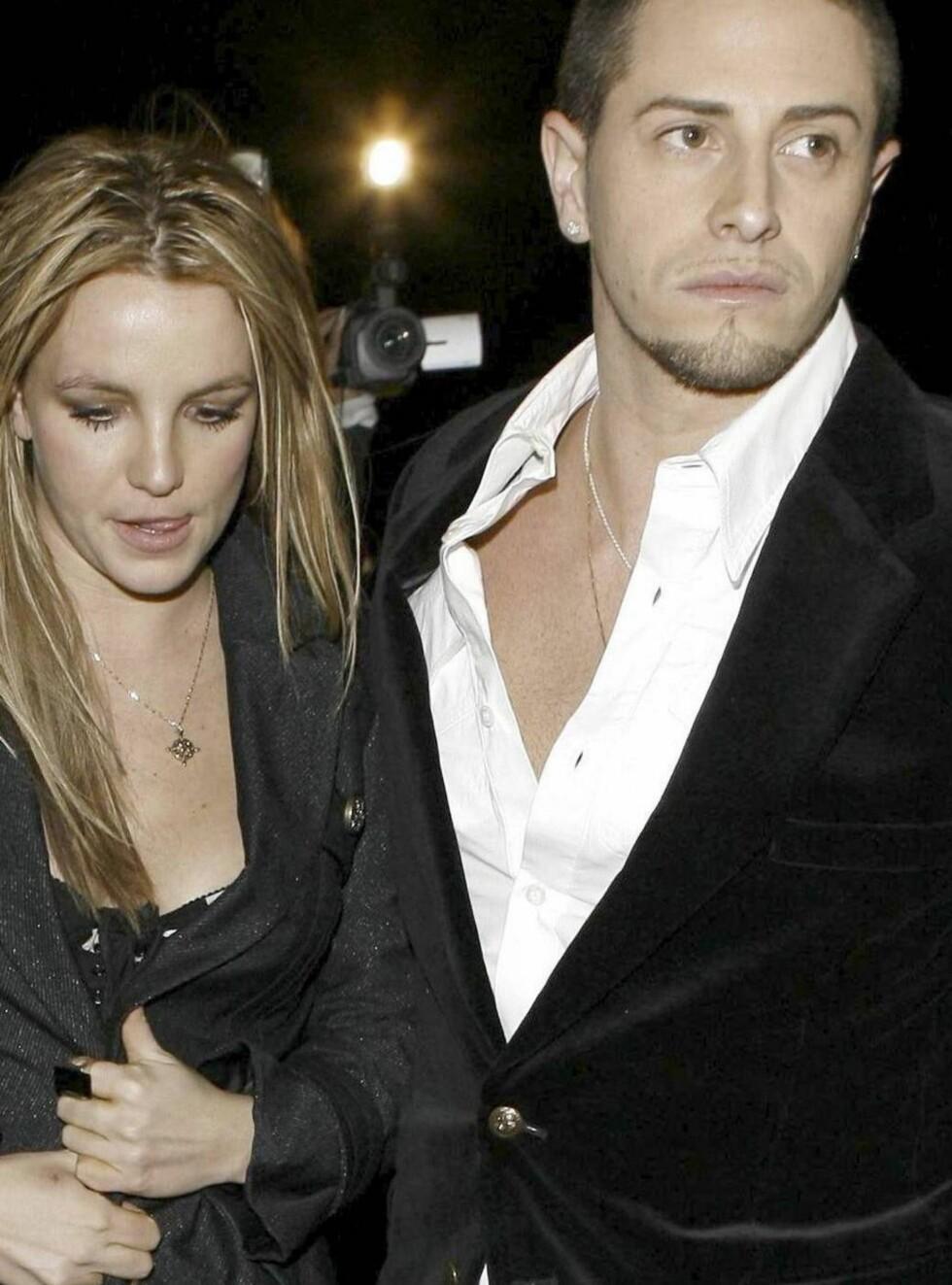 Kjekk danser: Ingen tvil om at Britney har funnet seg en kjekkas.. Foto: All Over Press