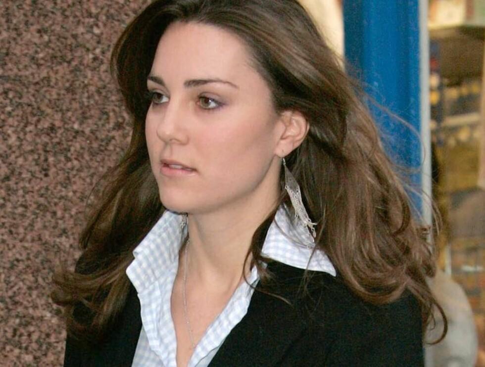 OOPS!: Selv om hun er prins Williams kjæreste, er ikke Kate Middleton hevet over loven. Foto: All Over Press