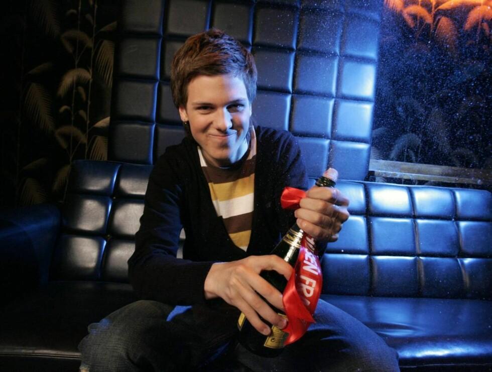 VILL: Idol-vinneren ville befølt puppene dagen lang om han var jente for en dag! Foto: Geir Egil Skog, frilansfoto.no