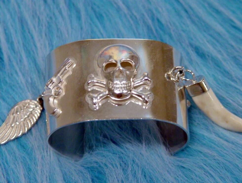 SOLGT: Stordalen falt pladask for dette armbåndet fra Lorange Design. Foto: Lorange Design