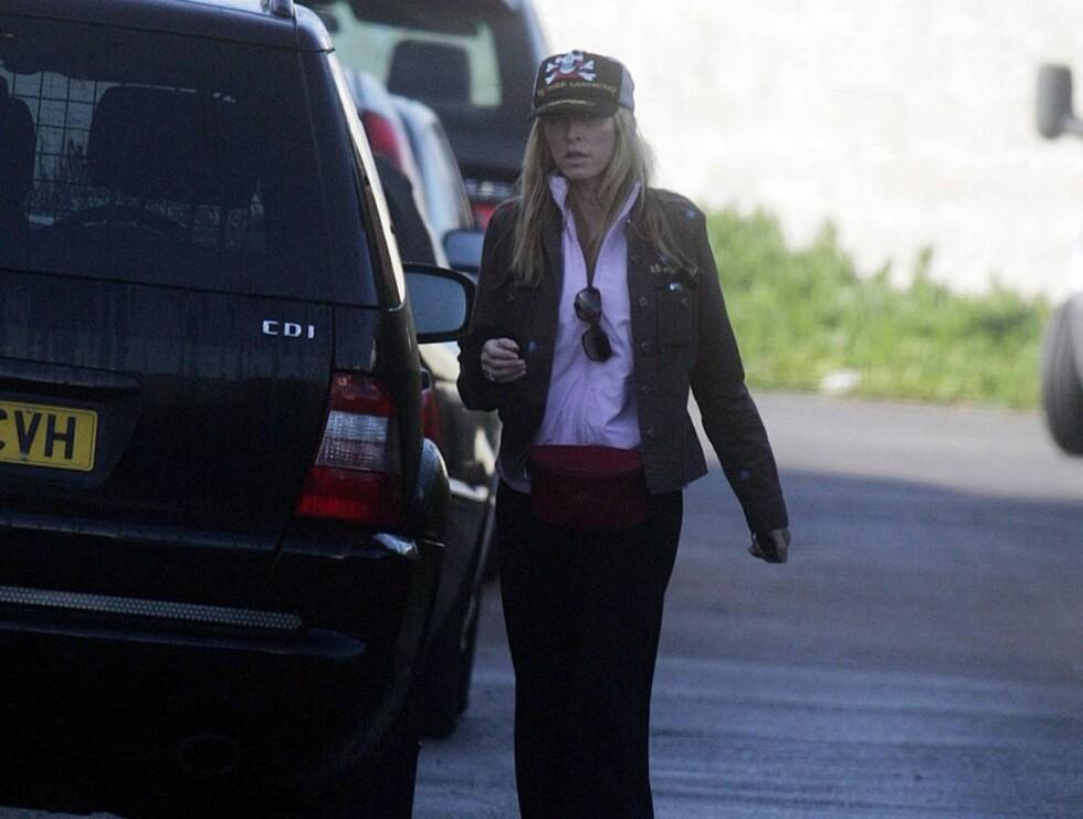 BIL: Heather har alltid med seg en ekstra protese i bilen sin, noe hun ikke legger skjul på. Foto: Stella Pictures