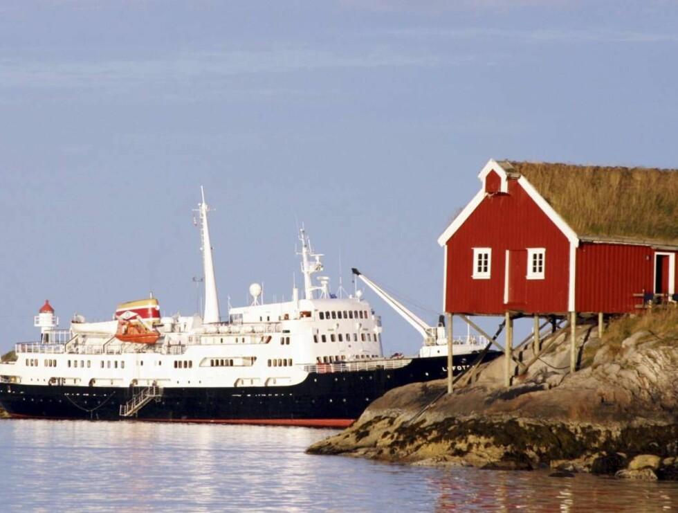 EKSOTISK: Hurtigruten og rorbuovernatting er anbefalt av Lonely Planets eksperter. Foto: VIDAR ENGUM
