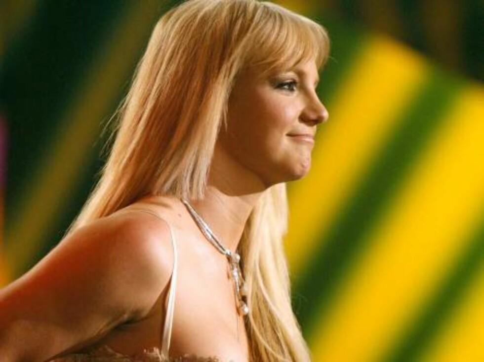 Britney har fått lange, kostbare lokker. Foto: All Over Press