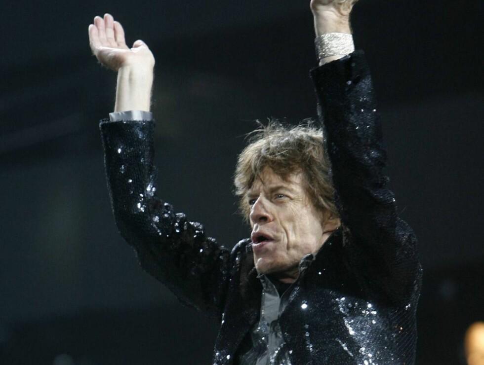 START ME UP: Rolling Stones-vokalisten har ikke kjøpt klærne sine på Hennes & Mauritz... Foto: AP