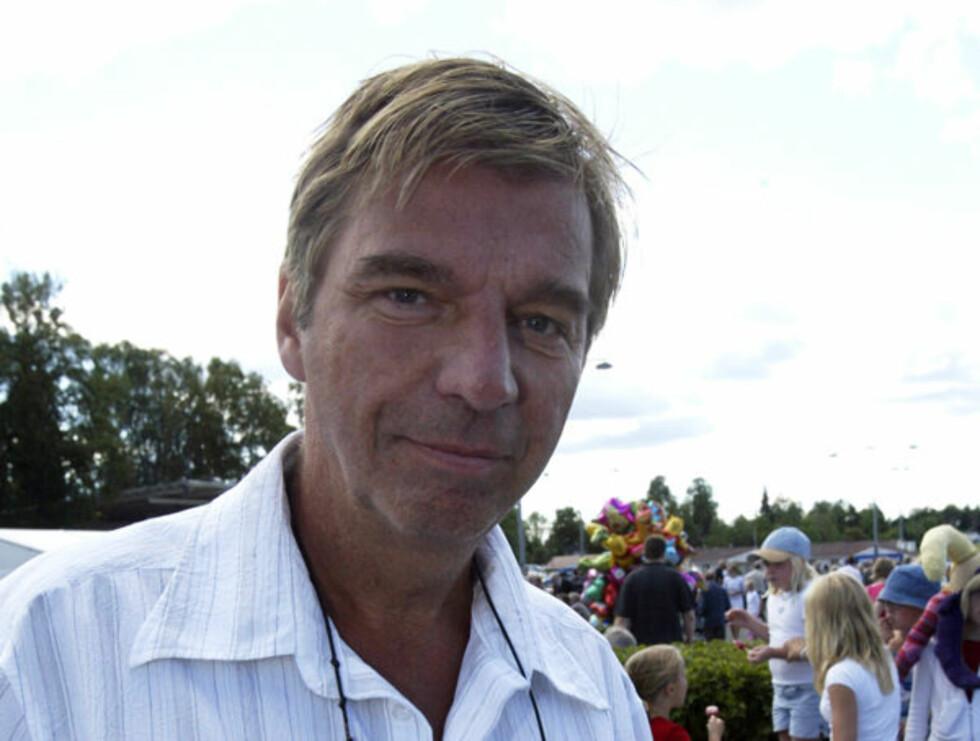 """Øvrevoll 20030824.  Norsk Derby 2003.Svein Erik """"Vaske"""" Bakke var tilstede  under Norske Derby på Øvrevoll søndag.Foto: Terje Bendiksby /SCANPIX Foto: SCANPIX"""