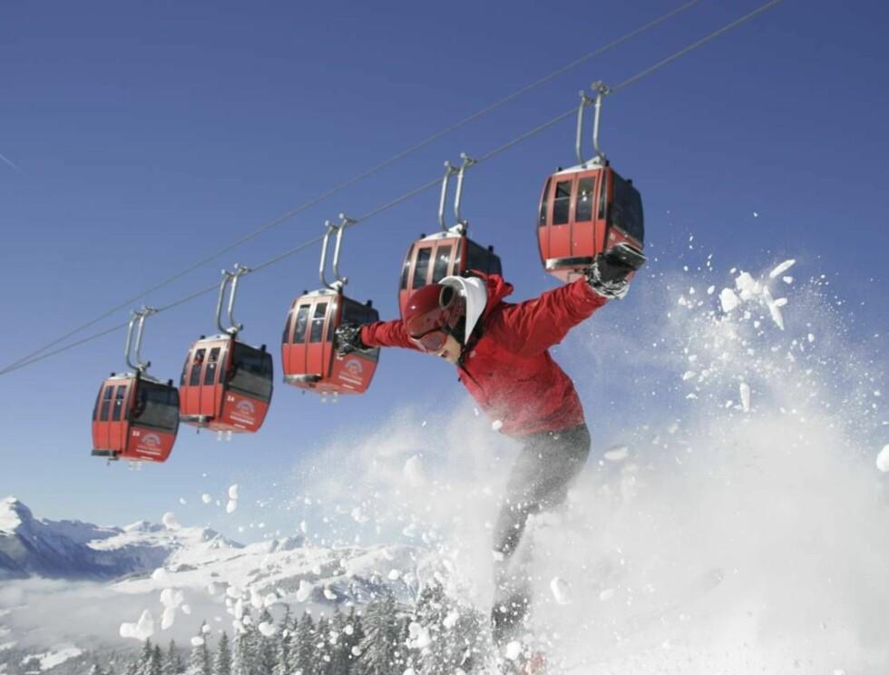 """JUHU: Verdens største """"skisirkus"""" foregår i de østerrikske alper. Foto: Saalbach"""