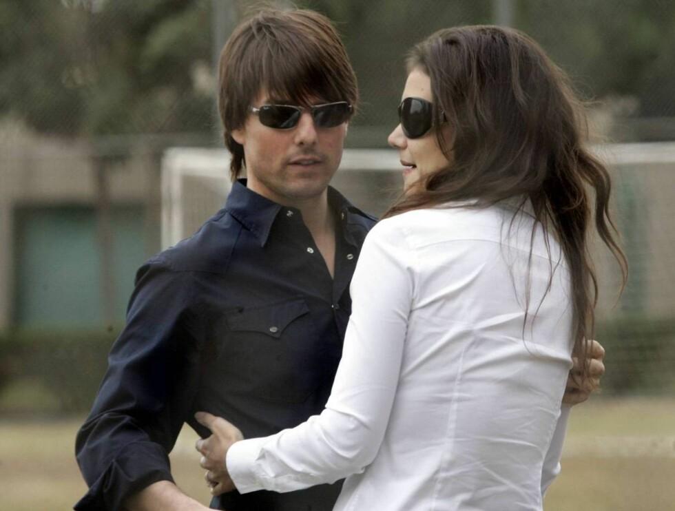 NYGIFT: TomKat reiste fra bryllup i Italia til bryllupsreise på Maldivene. Foto: All Over Press