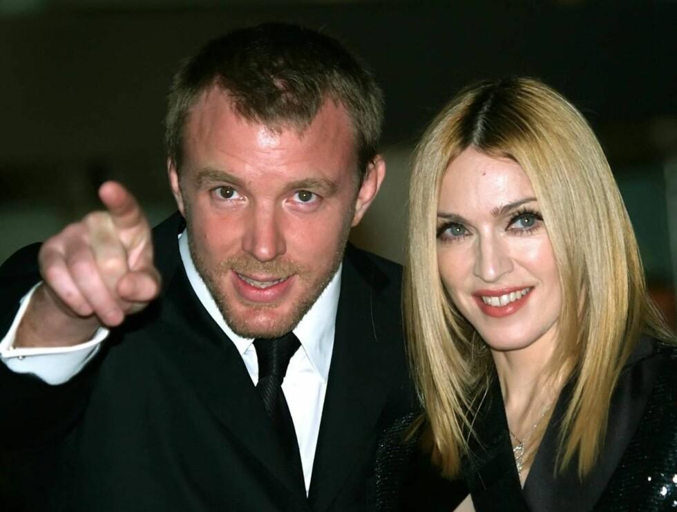 ADOPTERER: Madonna og hennes kjære Guy vil atter en gang adoptere. Foto: AP/Scanpix