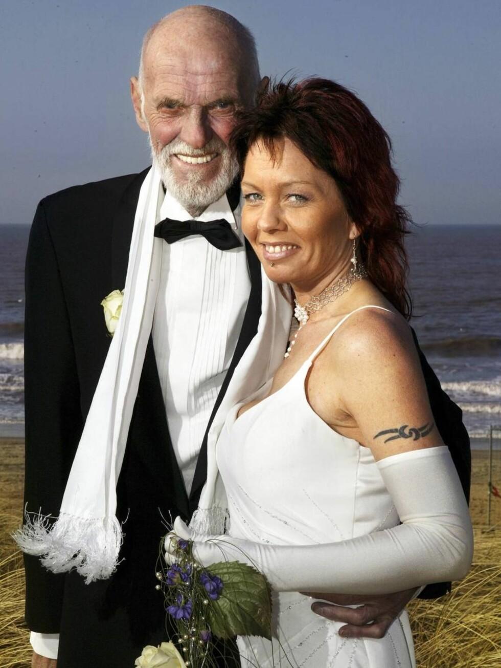 LYKKELIGE - DEN GANG DA: Sven O. og Renate da livet var en dans på roser. Nå er han syk og alene, hun må i fengsel. Foto: Se og Hør