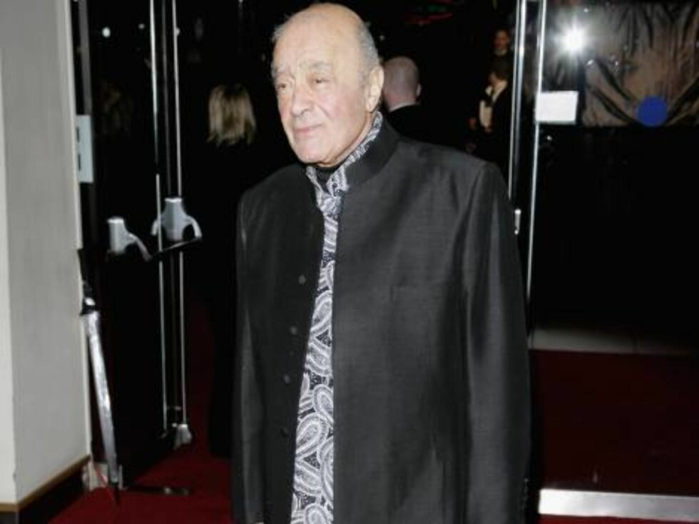 "LONDON - NOVEMBER 14:  (UK TABLOID NEWSPAPERS OUT) Mohamed al-Fayed attends the Royal Film Performance 2006 and World Premiere of the 21st James Bond movie, ""Casino Royale"", at the Odeon Leicester Square on November 14, 2006 in London, England. The event Foto: All Over Press"