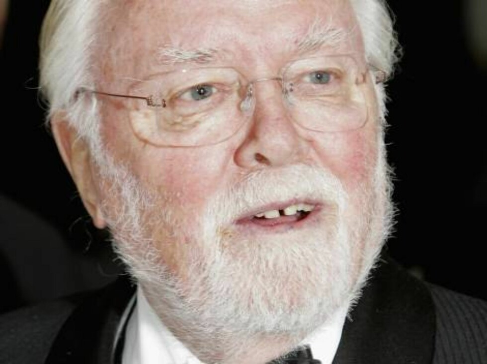 "LONDON - NOVEMBER 14:  (UK TABLOID NEWSPAPERS OUT)  Director Richard Attenborough attends the Royal Film Performance 2006 and World Premiere of the 21st James Bond movie, ""Casino Royale"", at the Odeon Leicester Square on November 14, 2006 in London, Engla Foto: All Over Press"