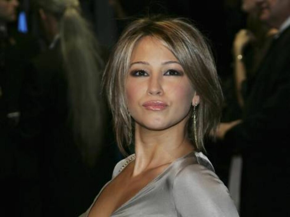 LONDON - NOVEMBER 14:  Singer Rachel Stevens attends the Royal Premiere for the 21st James Bond film 'Casino Royale' at the Odeon Leicester Square on November 14, 2006 in London.  (Photo by Gareth Cattermole/Getty Images) *** Local Caption *** Rachel Stev Foto: All Over Press