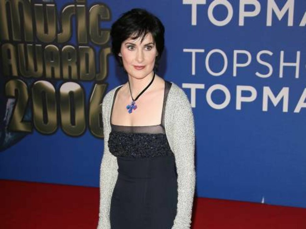 Enya upon arrival for the 2006 World Music Awards at Earls Court in central London, UK on November 15, 2006.  (Pictured : Enya)  Photo by Frederic Nebinger/ABACAUSA  Code:4001/A34770 COPYRIGHT STELLA PICTURES   Foto: Stella Pictures