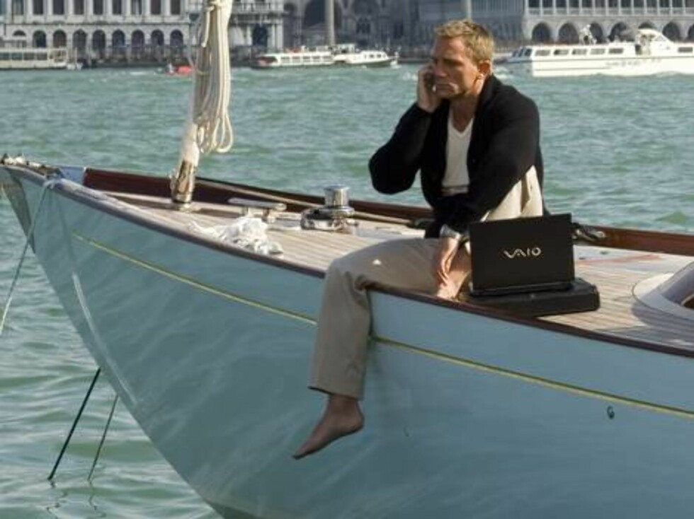 Nov 14, 2006; Venice, ITALY; RELEASE DATE: November 17, 2006  DIRECTOR: Martin Campbell STUDIO: Columbia Pictures PLOT: James Bond's first mission, where he must stop a banker from winning a casino tournament and using the prize money to fund terrorist ac Foto: Stella Pictures