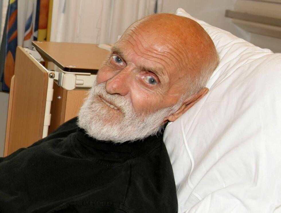 SYKELEIE: Sven O. har vært på sykehus i åtte uker, og tror aldri han kan klare seg selv igjen. Foto: Se og Hør