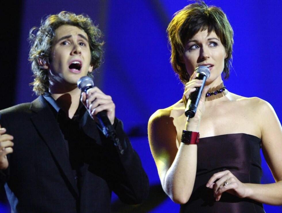 POPULÆR: Josh Groban er populær i Norge. Her synger han sammen med Sissel Kyrkjebø under Nobelkonserten i 2002. Foto: SCANPIX