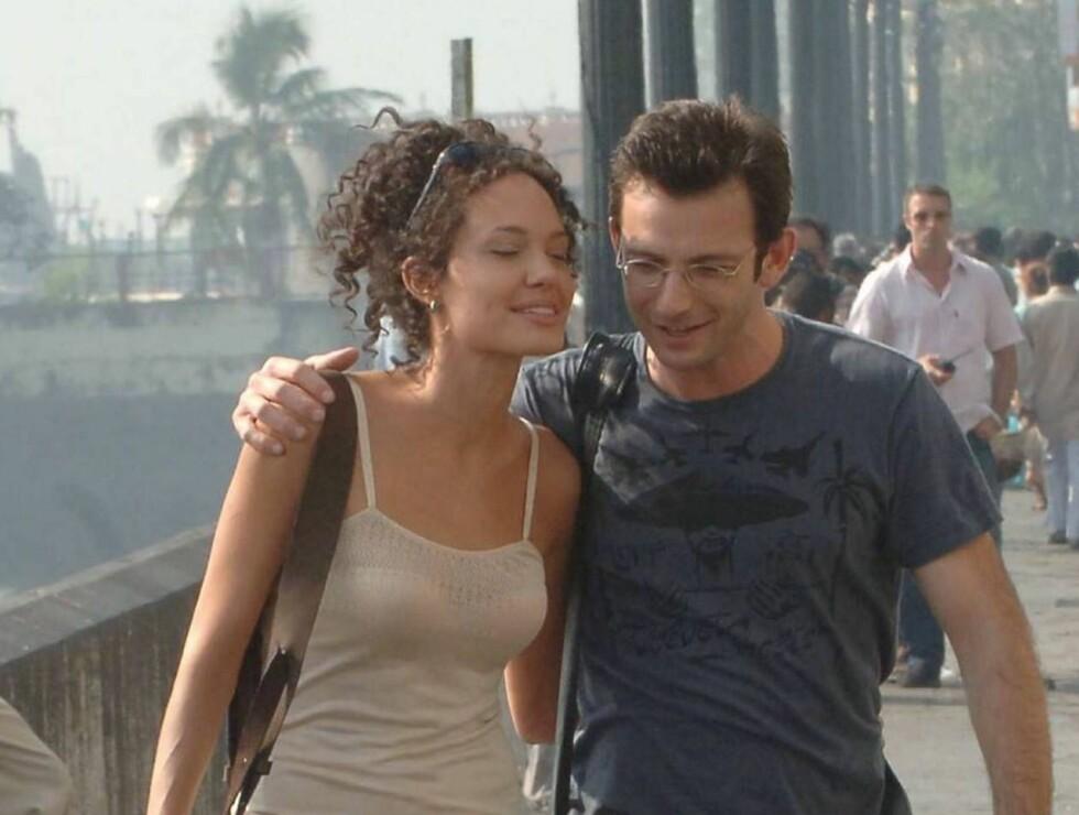 COMEBACK: Angelina Jolie spiller kona til journalisten Daniel Pearl, som drar på leting etter ham når han forsvinner i Pakistan. Foto: stella