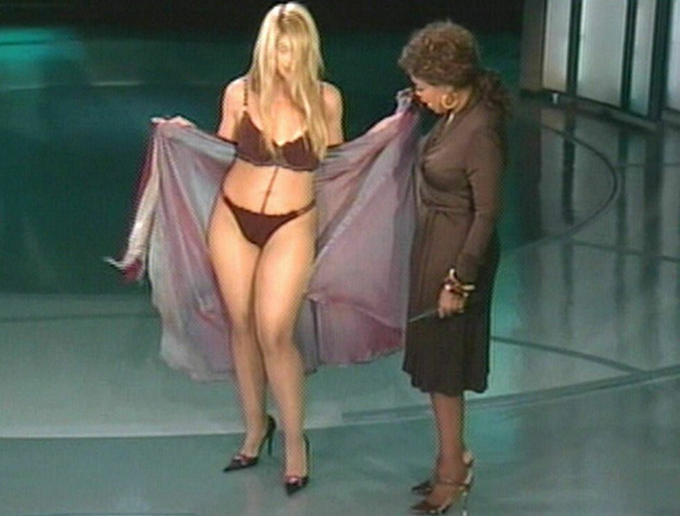 IMPONERT: Oprah lot seg imponere av Kirsties flotte figur! ABC-TV Foto: Oprah/ABC TV