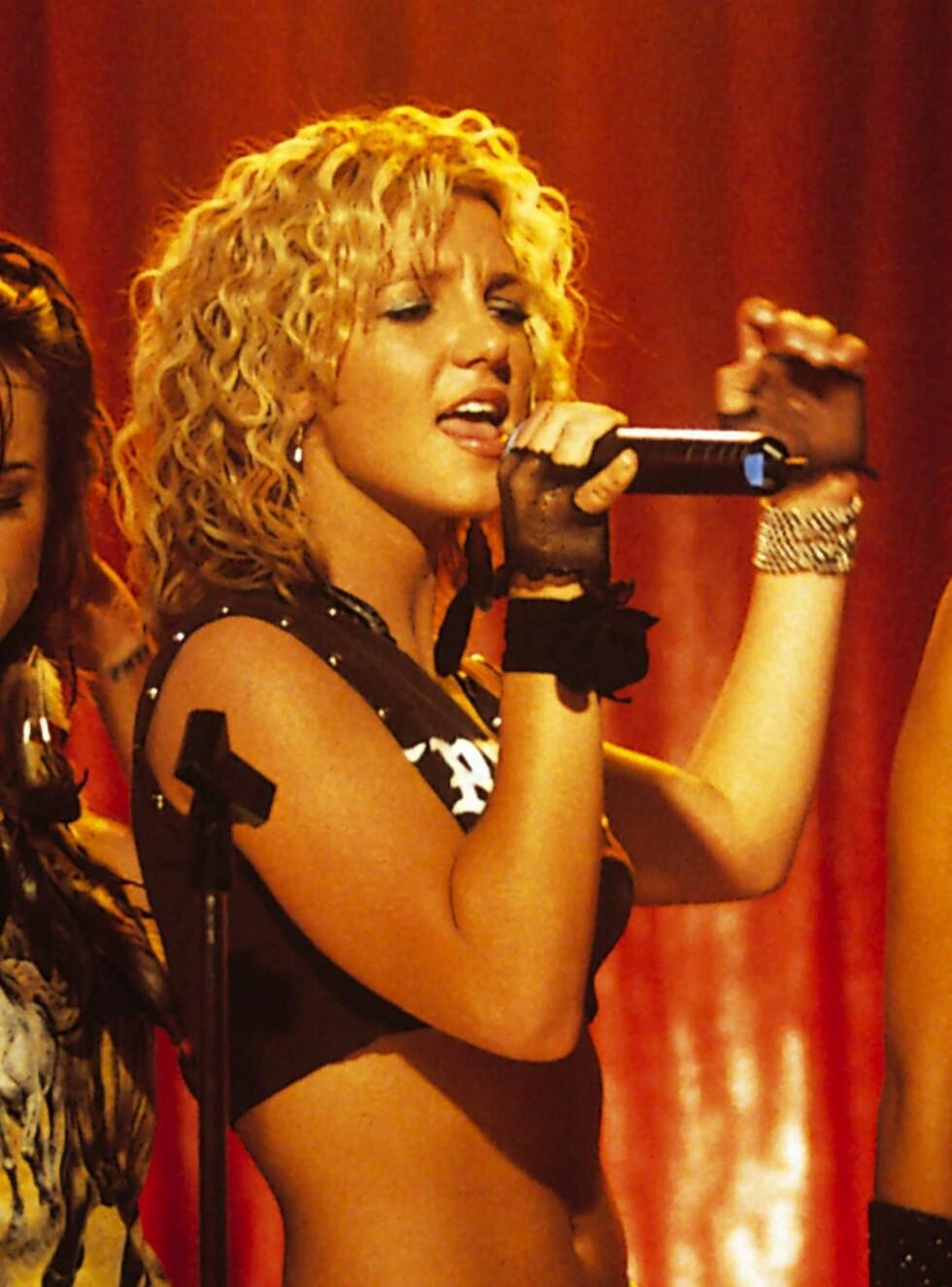 "FILM: I Crossroads synger Britney Spears sangen ""I Love Rock N'Roll"" - til stor forargelse for svært mange Joan Jett-fans. Foto: AP/Scanpix"