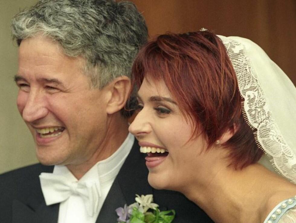 LYKKELIGE: Eddie og Sissel på bryllupsdagen.  Foto: Scanpix