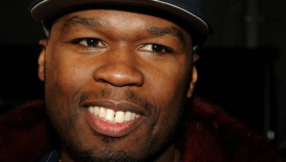 HYPP: Etter shopping i sexbutikk dra 50 Cent på fest med svenske glamourmodeller. Foto: All Over Press