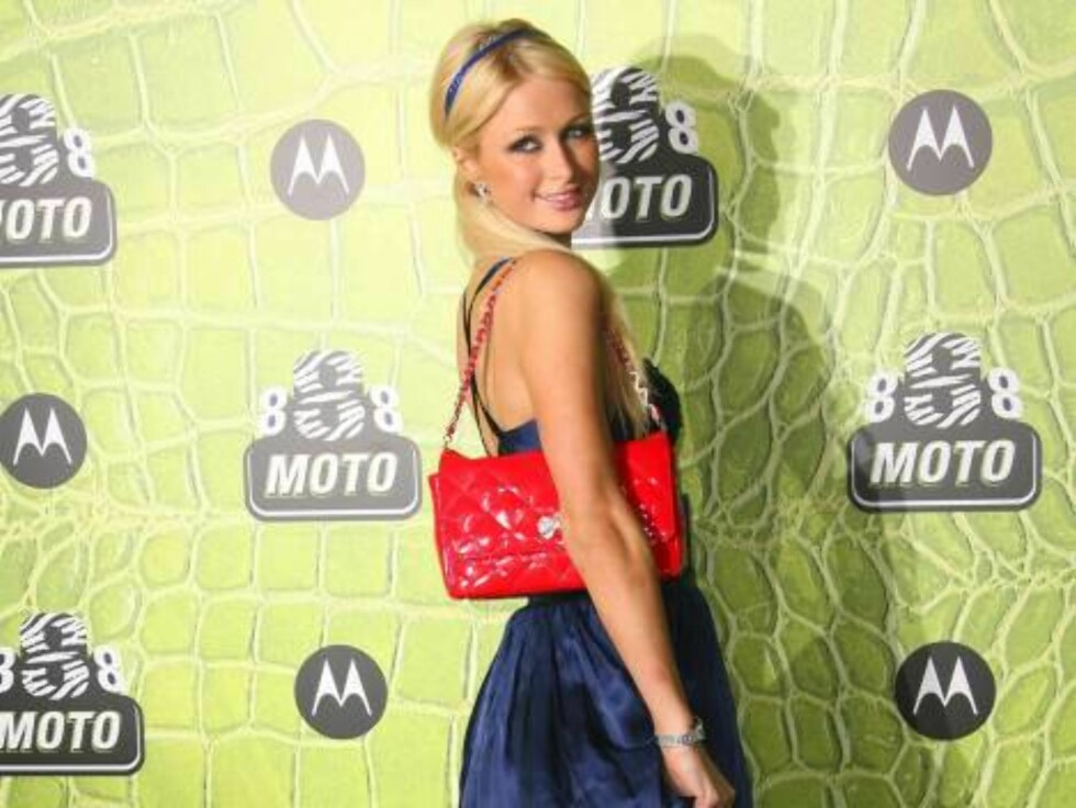 MOTOROLAS STJERNEFEST: Hotellarvingen Paris Hilton. Foto: Stella Pictures