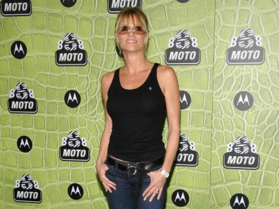 MOTOROLAS STJERNEFEST: Nicollette var iført en enkel singlet og jeans. Foto: Stella Pictures