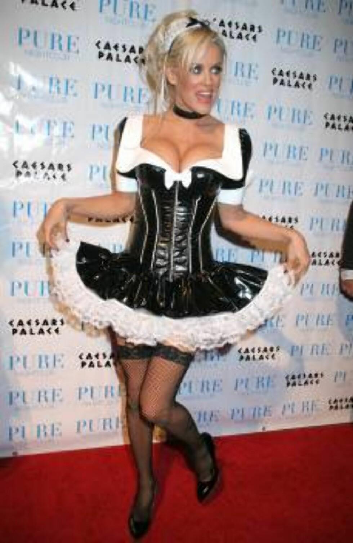Las Vegas, NV 2006-10-31  Jenny McCarthy   Jenny McCarthy Hosts Halloween In Las Vegas At PURE  PURE Nightclub  Caesars Palace Hotel and Casino  Photo: Arlene Richie/jpistudios  Code:4036 COPYRIGHT STELLA PICTURES   Foto: Stella Pictures