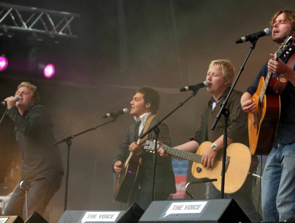 GITARSUKSESS: De nye gitarkameratene har vært en gullgruve for manageren. Foto: SCANPIX