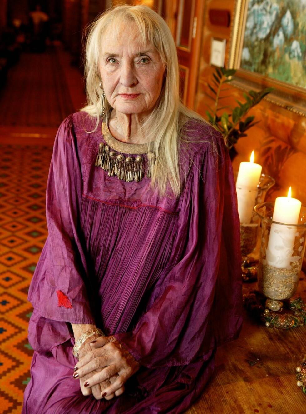 SYK: Sossen Krogh kan ikke sjekke inn på Hotel Cæsar om dagen. Hun er sykmeldt. Foto: Morten Eik, Se og Hør