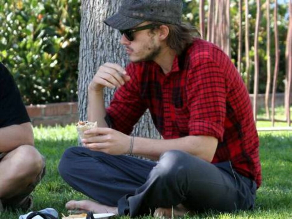 Heath Ledger cooling off in Malibu Oct 23, 2006 X17agency EXCLUSIVE Foto: All Over Press