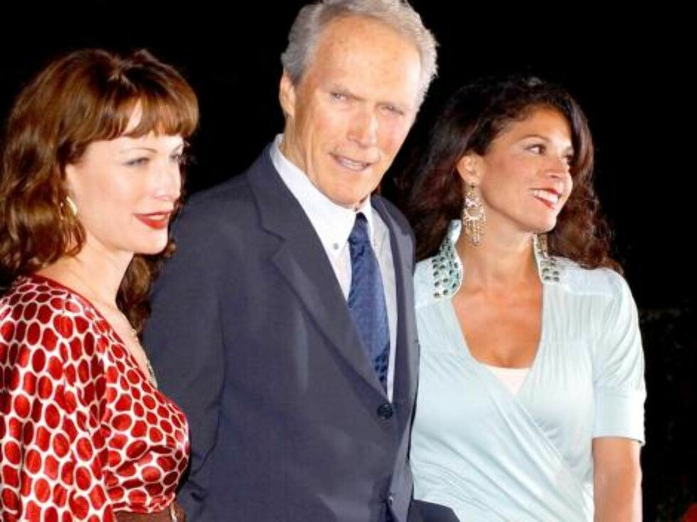 Beverly Hills 2006-10-09  The premiere of 'Flags Of Our Fathers' held  the Academy theatre.  Picture: CLINT EASTWOOD,  daughter ALISON AND wife DINA  Photo: Chris DELMAS / VISUAL Press Agency  Code:4050 COPYRIGHT STELLA PICTURES Foto: Stella Pictures