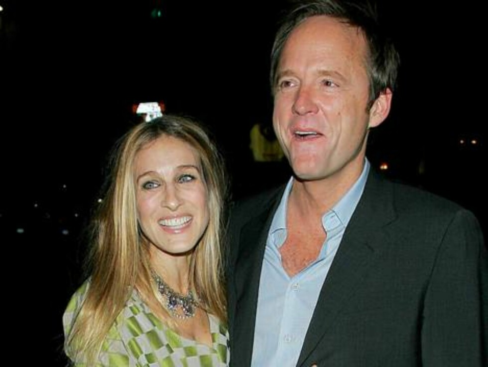 New York 2006-10-17  Private screening for 'Flags of Our Fathers'  shown:   Picture: John Benjamin Hickey, Sarah Jessica Parker  Photo: MLM/Fame Pictures   Code:4002  COPYRIGHT STELLA PICTURES Foto: Stella Pictures