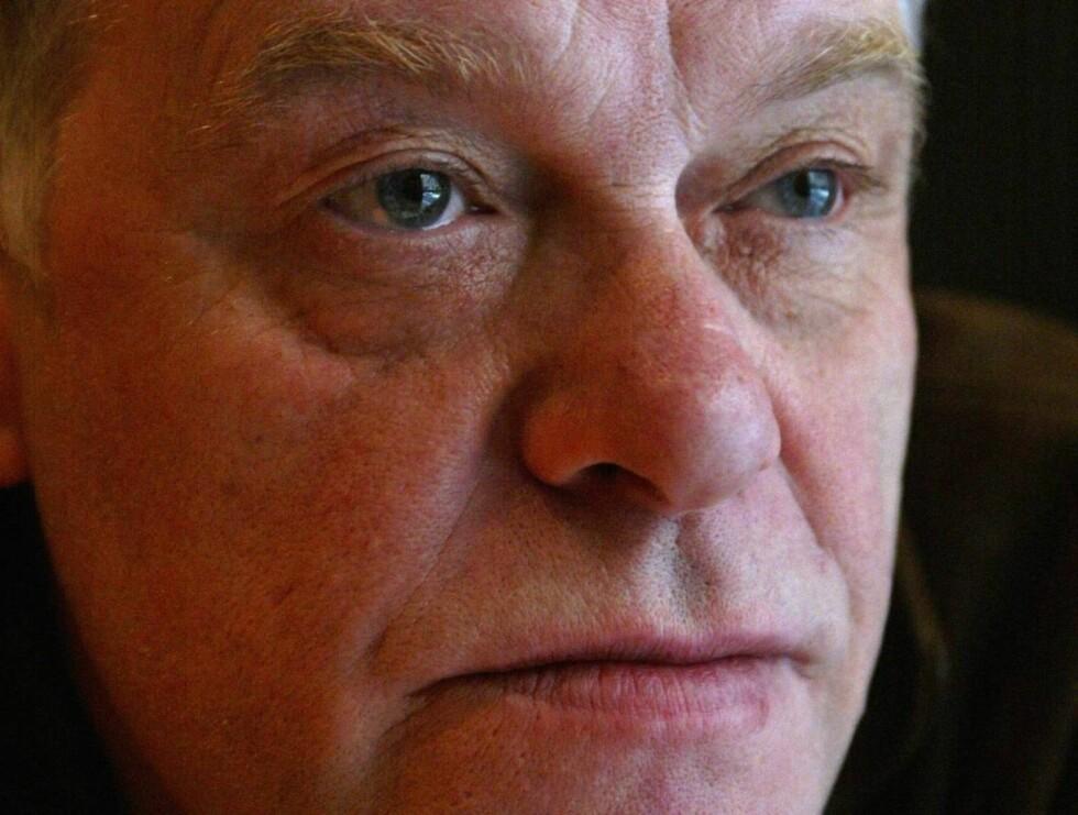 I SORG: Kim Larsens storebror ble bisatt i går. Foto: SCANPIX