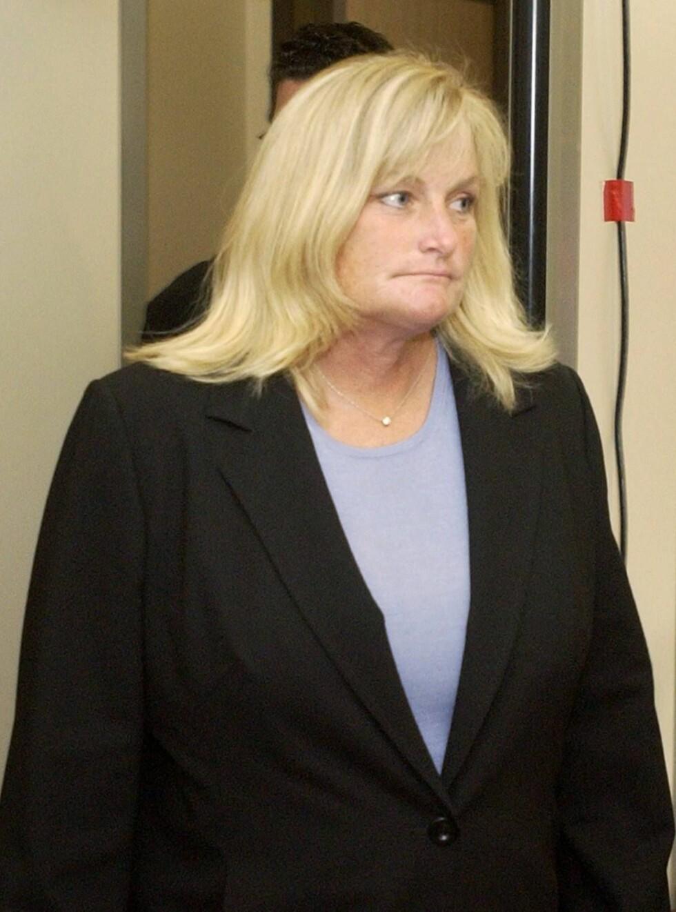 BLAKK: En kilde hevder Debbie selger barna fordi hun trenger penger. Foto: All Over Press